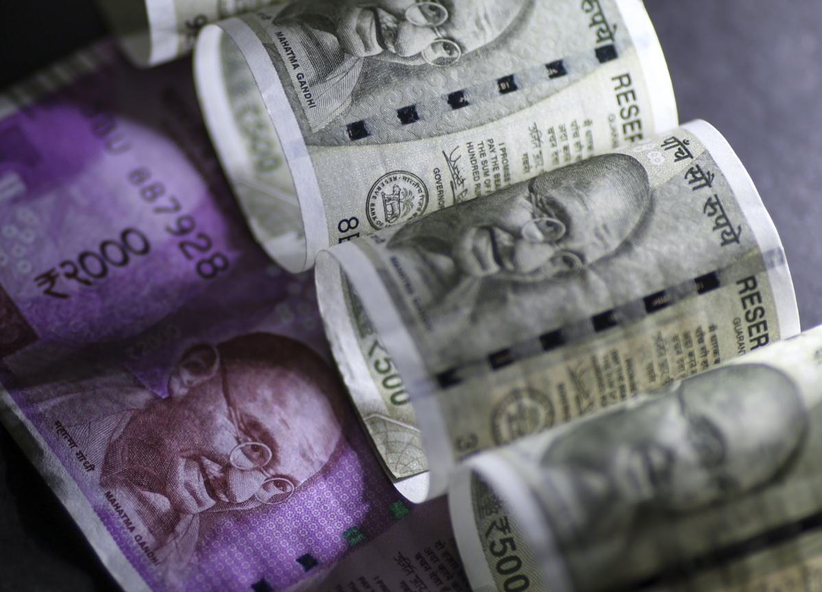 Indian Rupee Recovers After Hitting Record Low Amid Virus Scare