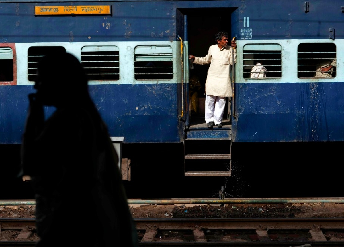 NITI Aayog Floats Draft Documents For Discussion On Private Participation In Passenger Trains