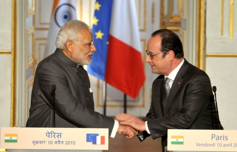India's Prime Minister Narendra Modi and the President of France  Francois Hollande, in Paris on April 10, 2015. (Photograph: PIB)
