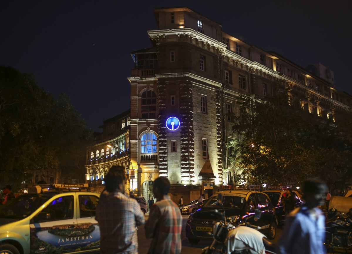 SBI Re-Enters Top-10 Most Valued Firms List; Replaces Bajaj Finance