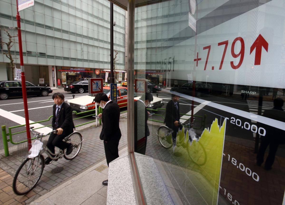 U.S. Stocks Rally to End Volatile Day; Bonds Fall: Markets Wrap