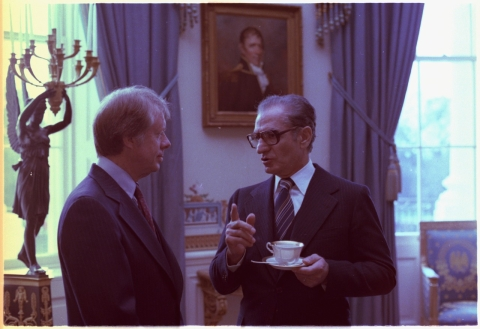 Then U.S. President Jimmy Carter and Mohammad Reza Pahlavi, the Shah of Iran, at the White House in Washington D.C. on November 15, 1977. (Photograph: Wikimedia Commons/U.S. National Archives and Records Administration)