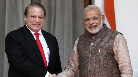 Nawaz Sharif and Narendra Modi. (Photo: Reuters)