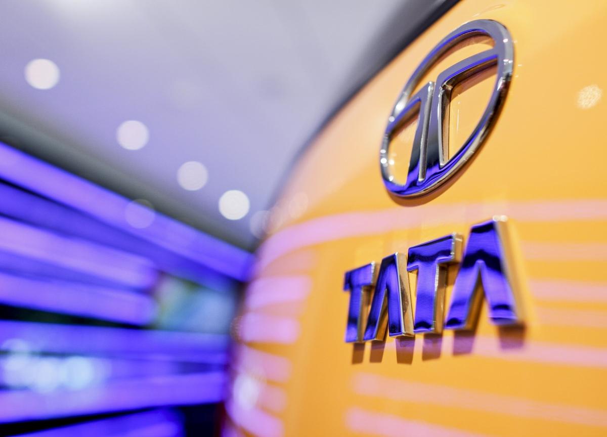 Q2 Results: Tata Motors' Loss Narrows, Plans To Raise Rs 10,000 Crore