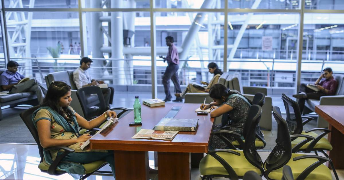 Bloombergquint.com news headline