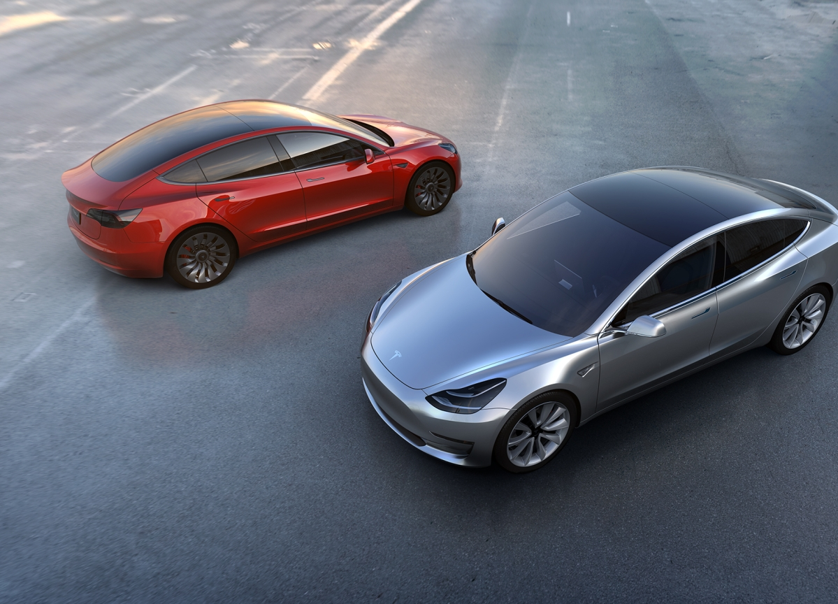 Tesla Launches Base Model 3 for $35,000, Electrek Says