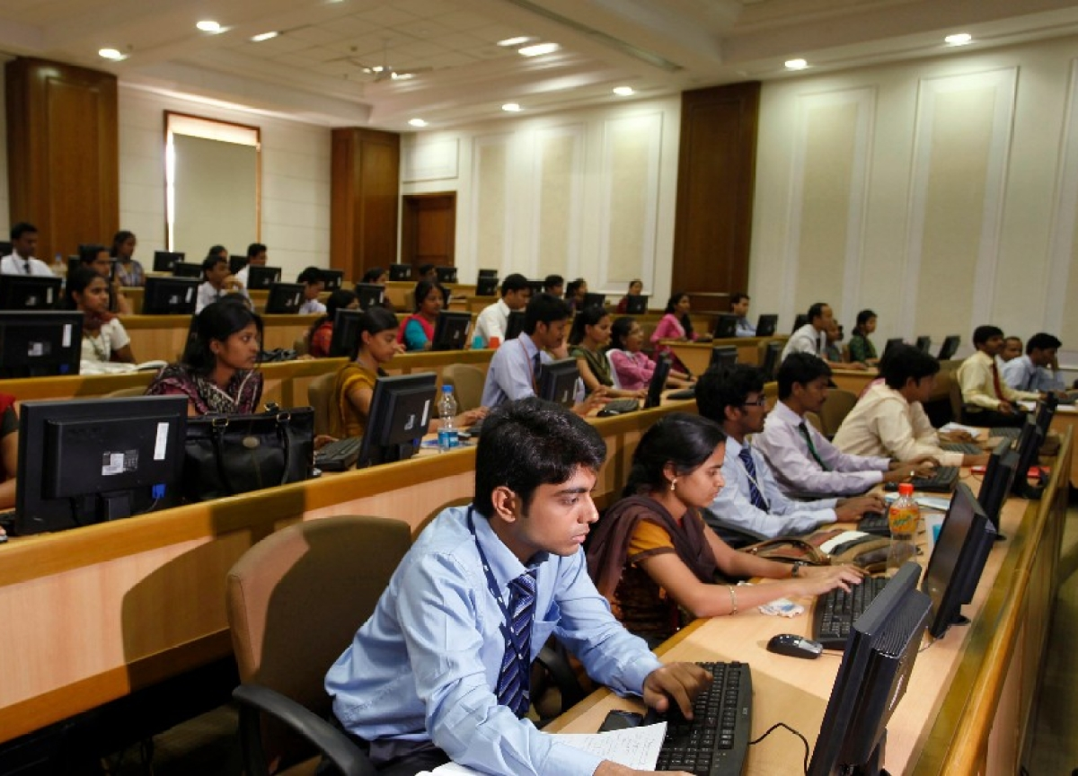 Government To Consider Proposals By TCS, Infosys To Set Up SEZs