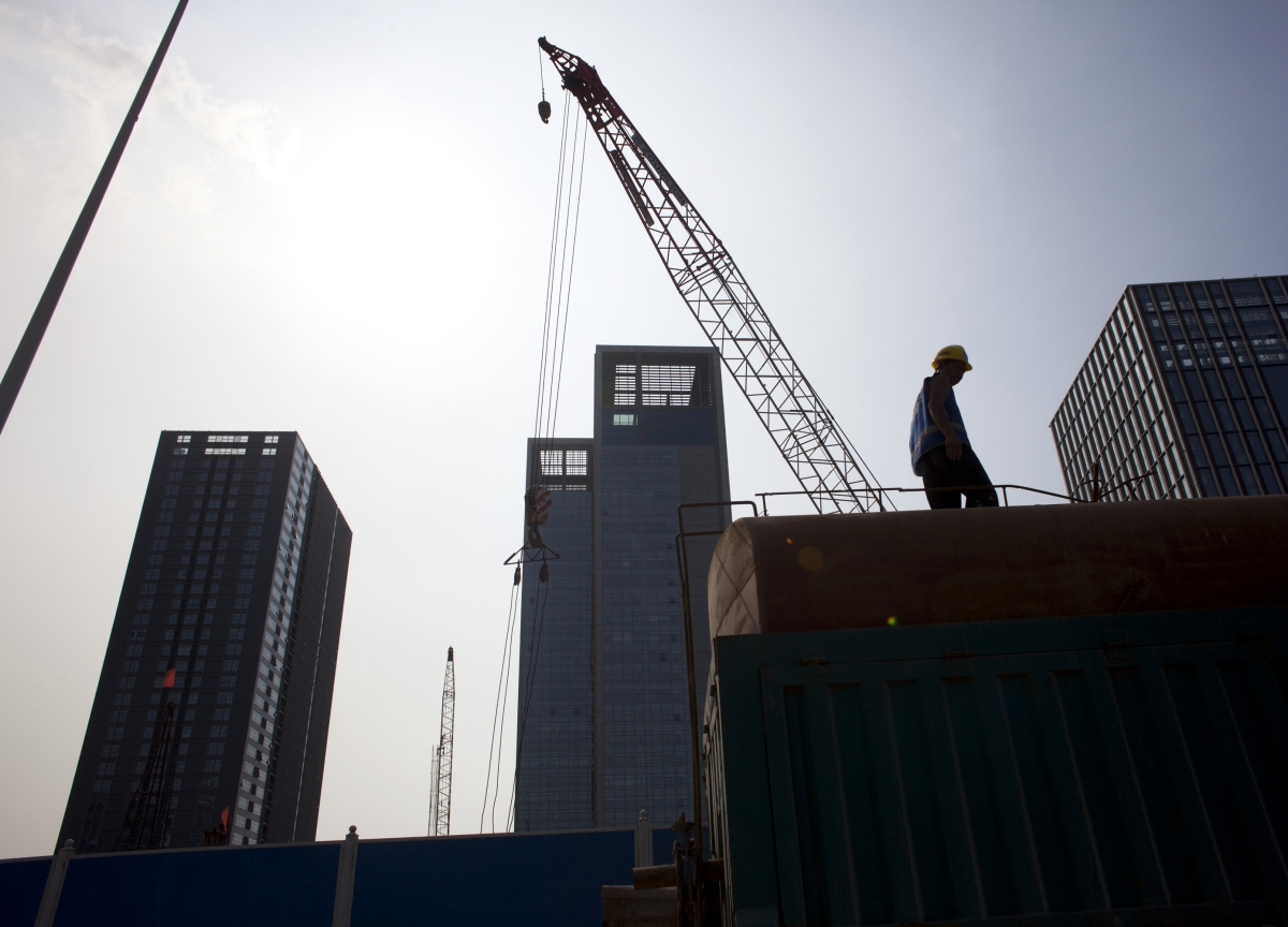China Builders Weaken Debt Safeguards as Buyers Chase Yield