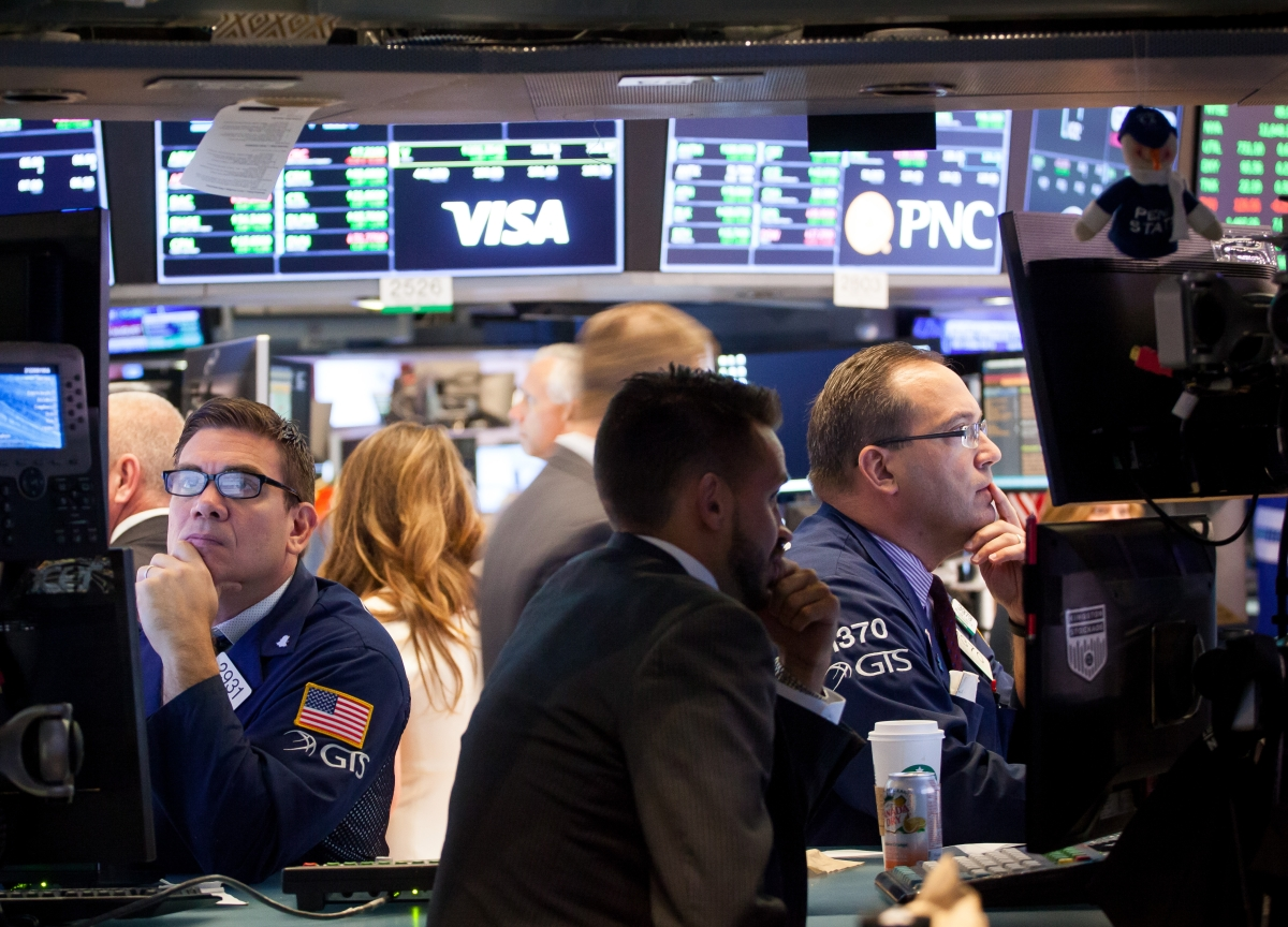 Stocks End Eight-Day Rally as Growth Woes Persist: Markets Wrap