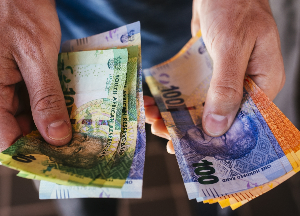 Traders Least Bearish on Rand in 13 Years as Moody's Priced In