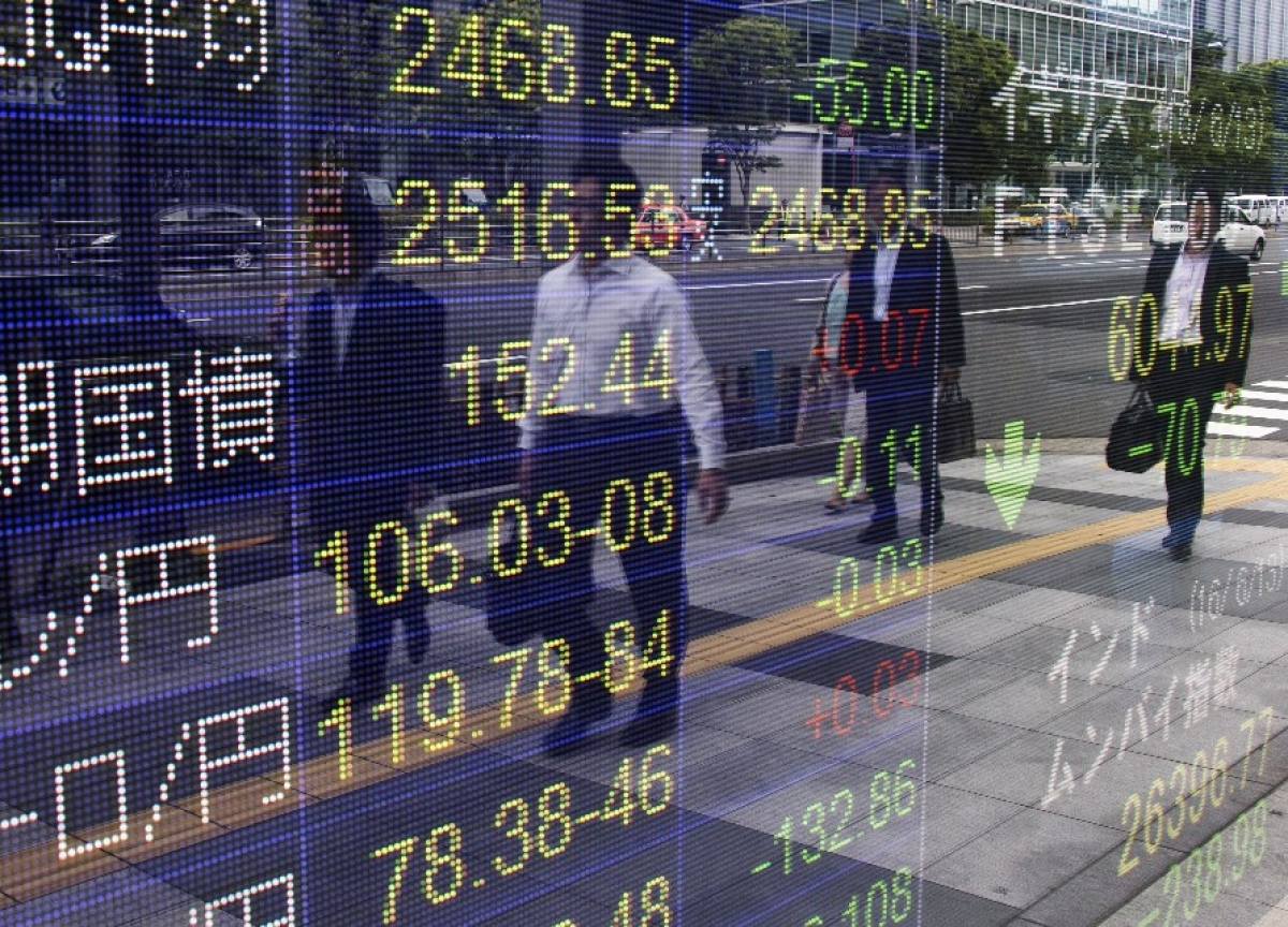 Stocks Climb as Energy, Tech Strength Lift Indexes: Markets Wrap