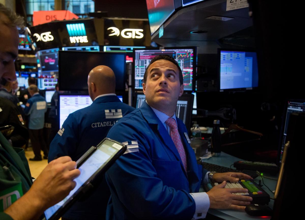 Stocks To Watch: Aurobindo Pharma, HUL, Reliance Industries, L&T Tech, Wipro