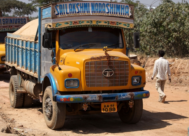 SREI-Tata Motors Pact: SREI Infrastructure' Subsidiary Inks Deal