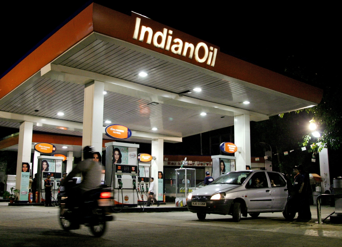 Fuel Price Cut To Squeeze Oil Marketers' Margins