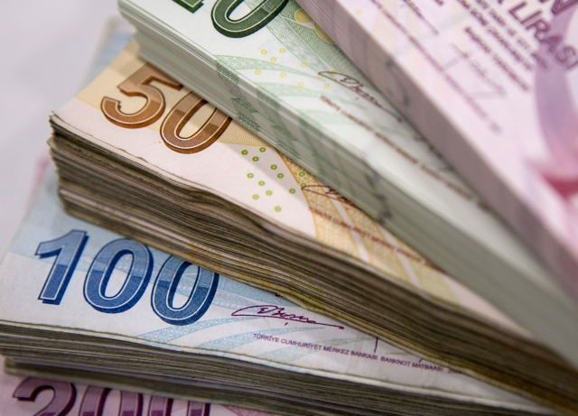 Turkey Financial Crisis Erupts Stoking Concerns Of Contagion