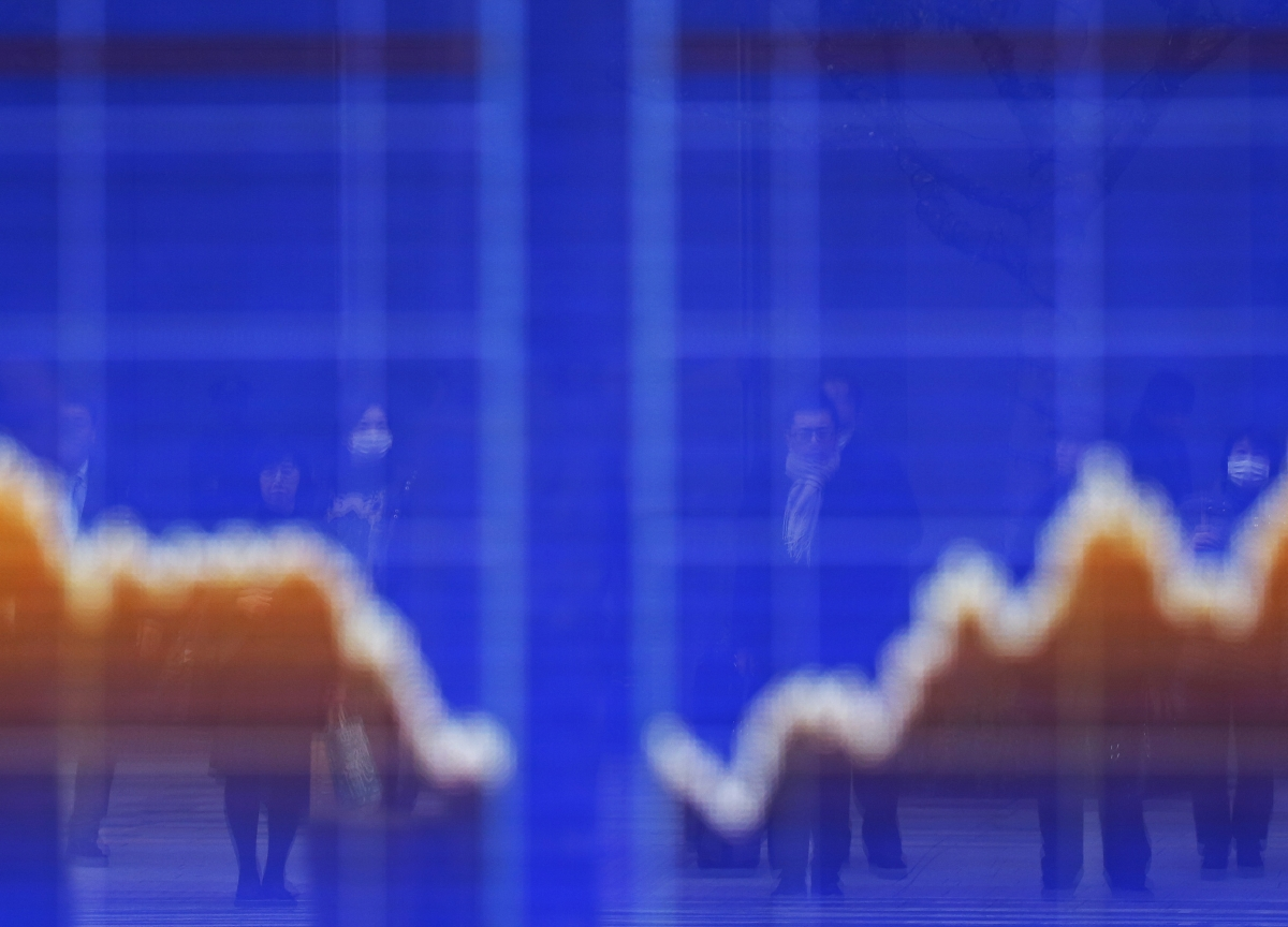 Stocks Close at 14-Month Low in Broad Sell-Off: Markets Wrap