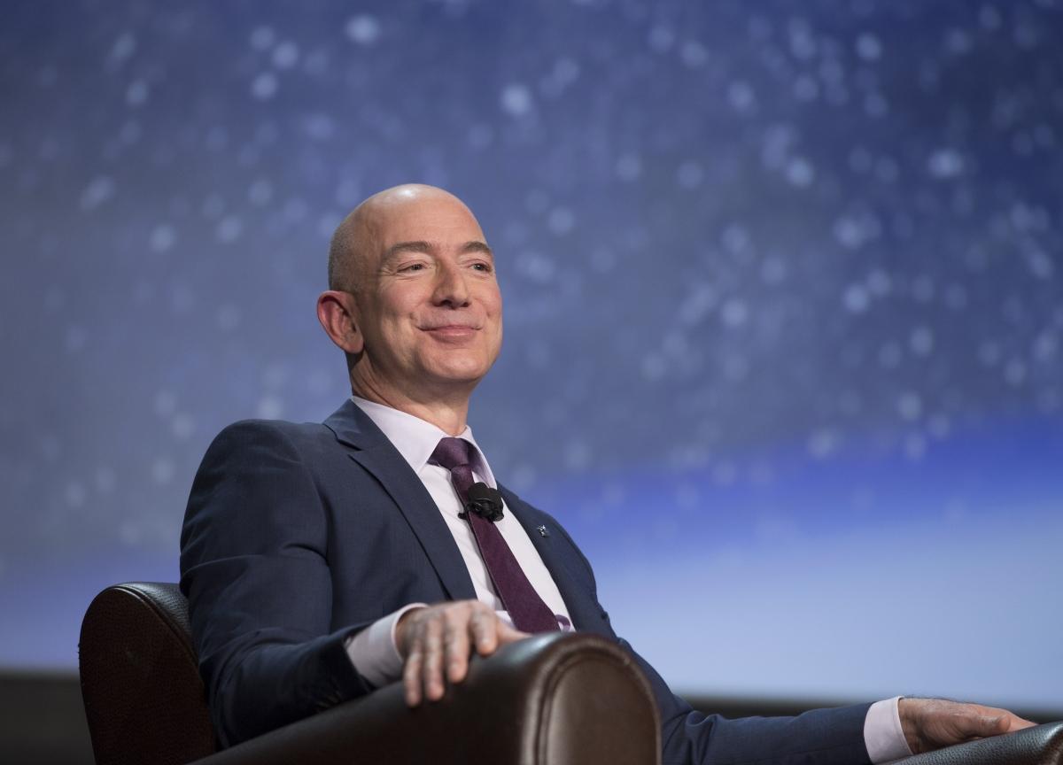 Bezos Seizing Title of World's Richest Person on Amazon Gain