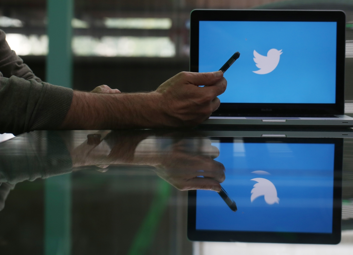 Twitter Advises 5,000 Global Employees to Work From Home