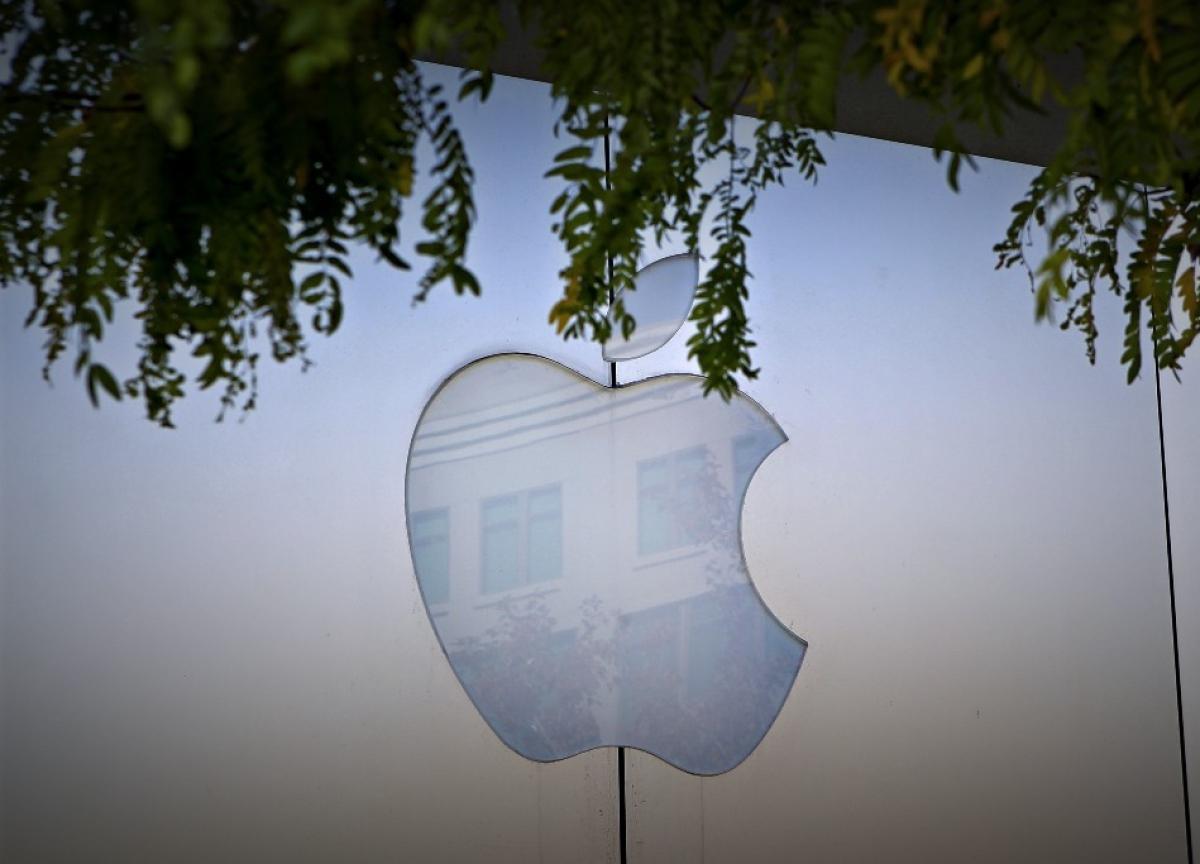 Apple Loses Key Sales Executives as India Strategy Stumbles