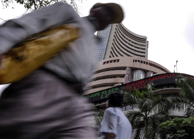 India Inc Outlook Leading Companies Cornering Bigger Revenue Share