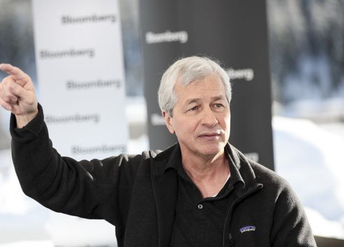 Jamie Dimon Gets $31 Million Pay for JPMorgan's Record Year