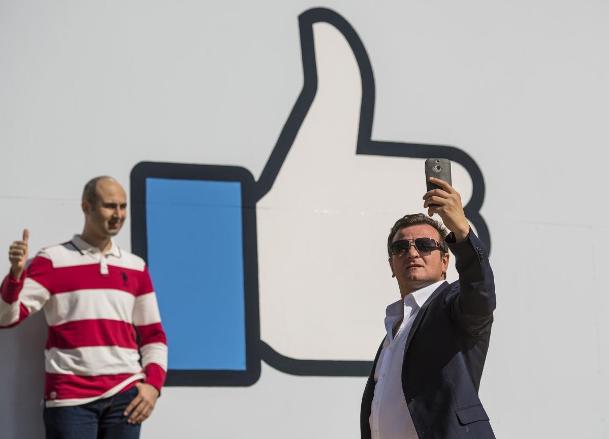 Facebook Considers Hiding the 'Like' Totals on Users' Posts
