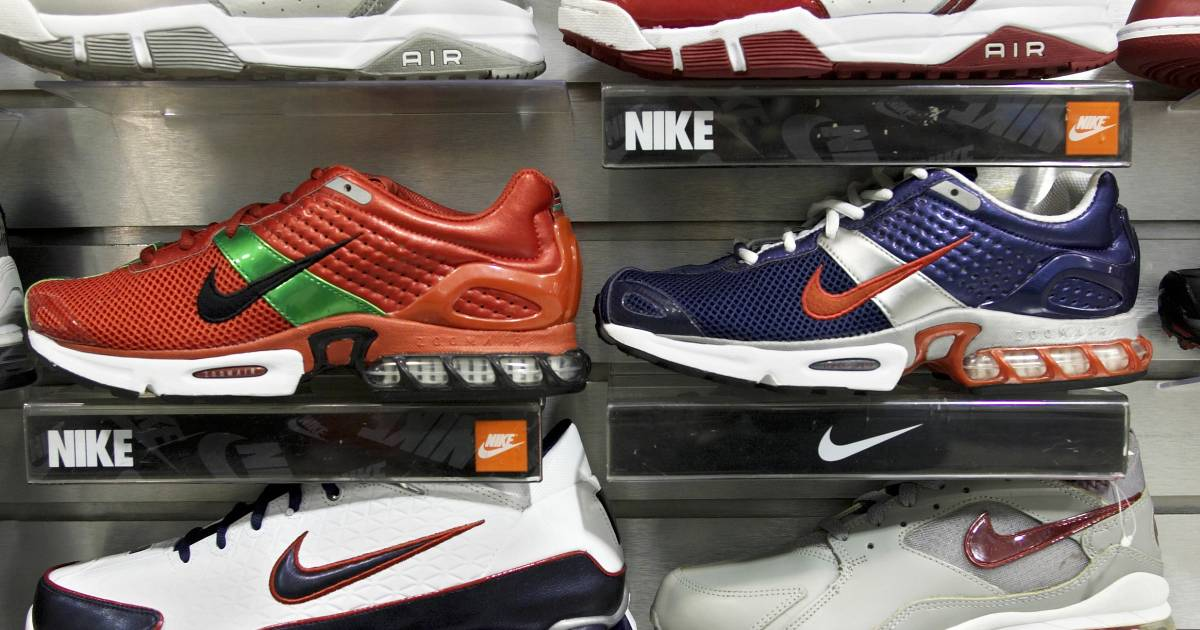 f6f0b18f520d Nike Shoes  Nike Target Of Twitter Storm After Basketball Star s Shoe Splits