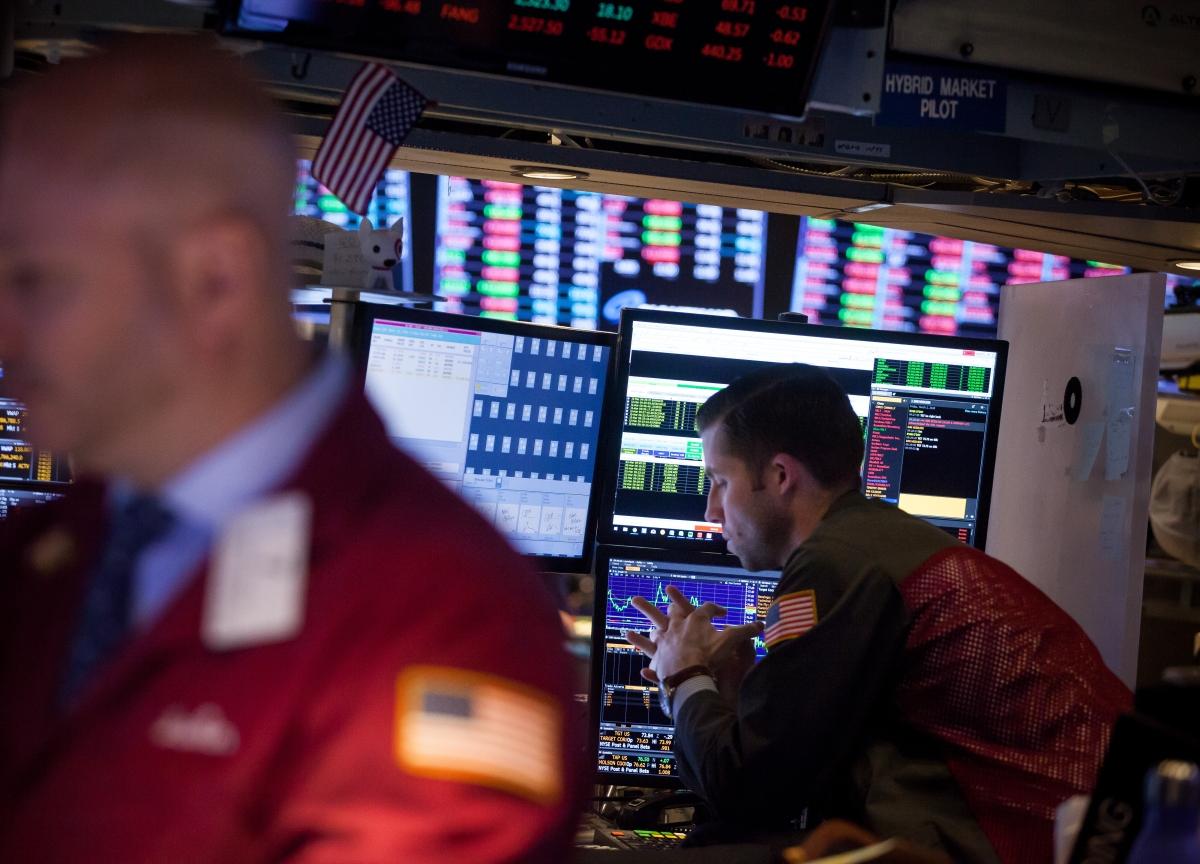 U.S. Stocks Slide as Trade Angst Grows; Oil Climbs: Markets Wrap