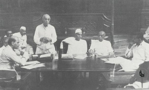 Jawaharlal Nehru addresses a meeting of a committee of the Constituent Assembly New Delhi, with Rajendra Prasad and Vallabhbhai Patel, in 1949. (Photograph: Nehru Memorial Museum and Library)