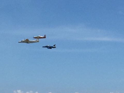 A Dornier accompanies Hawks as part of the live demonstration at the 10th Defence Expo. (Source: BloombergQuint)