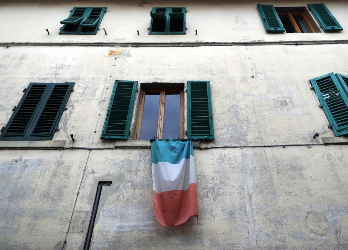 Italy Falls Into Political Chaos as Populists Slam President