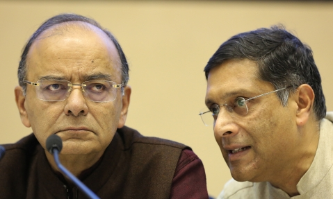 Finance Minister Arun Jaitley with Chief Economic Adviser Arvind Subramanian in New Delhi. (Photographer: Anindito Mukherjee/Bloomberg)