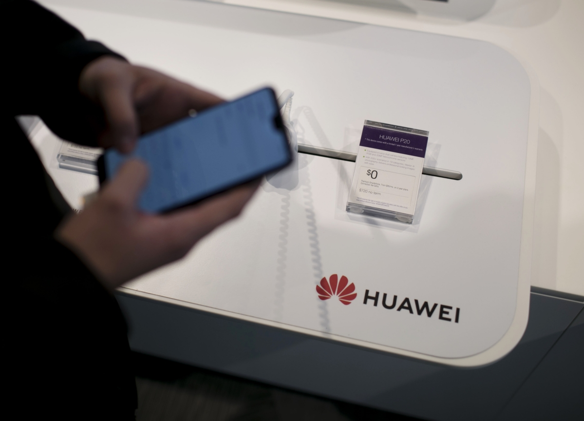 Chinese Envoy Warns of Blowback If Canada Bars Huawei From 5G