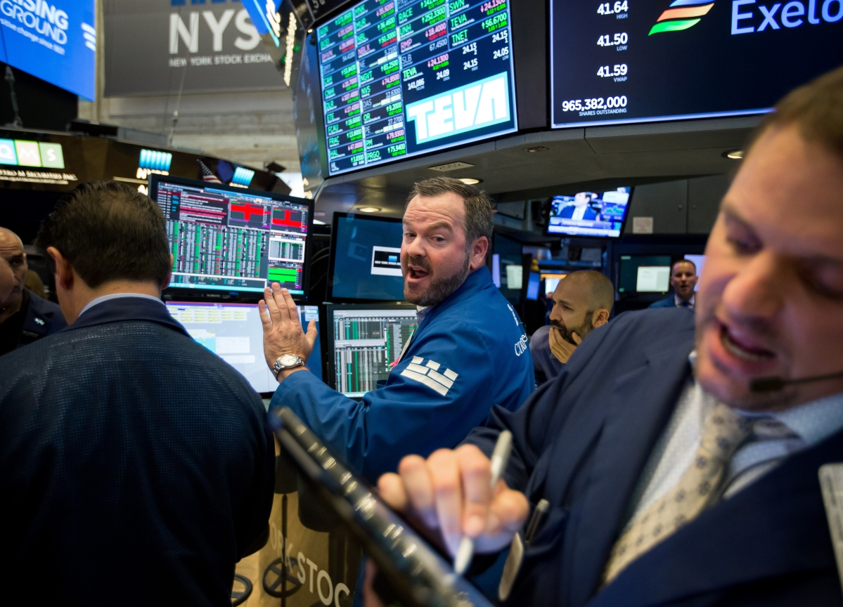 Stocks Tumble as Tech, Commodities Trigger Fears: Markets Wrap