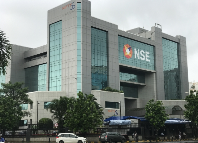 Weekly Option NSE: NSE Gets SEBI's Nod To Launch Weekly