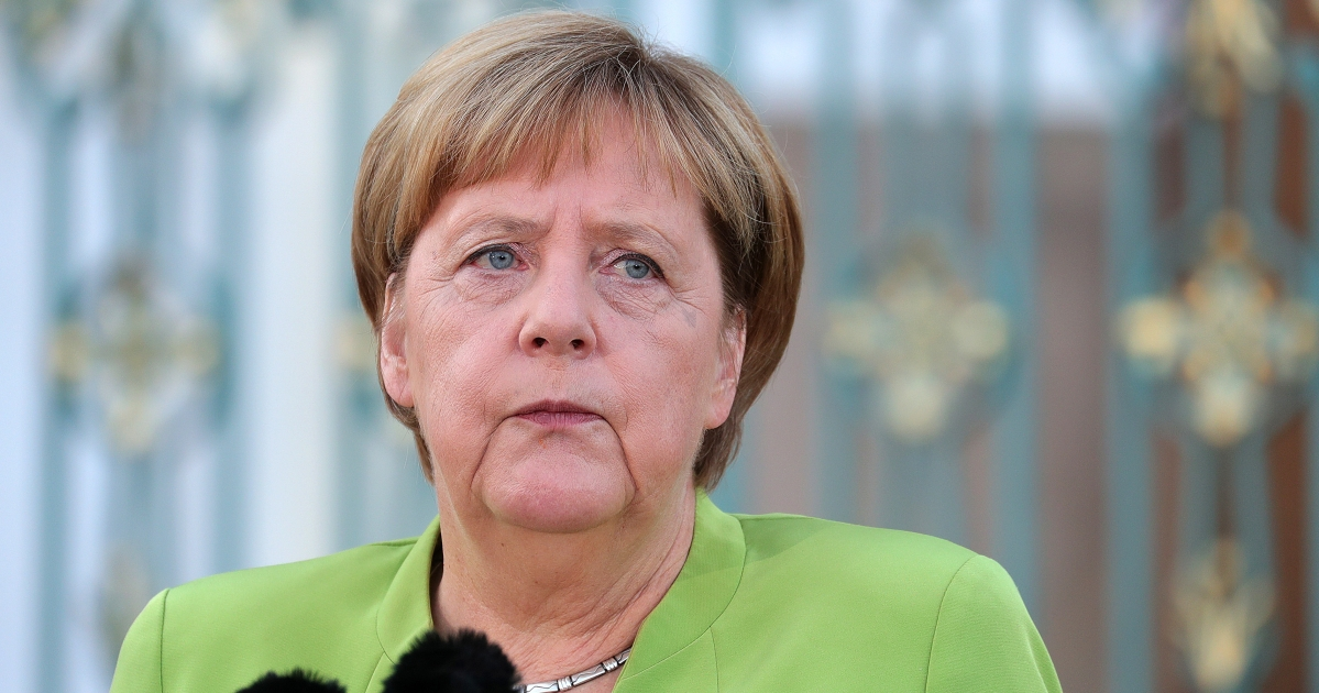 Merkel Confronts a Defining Moment as the Global Order Realigns - BloombergQuint