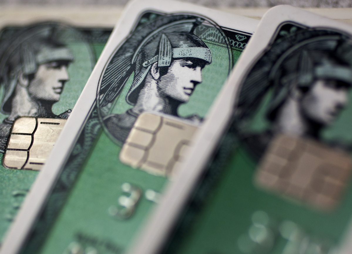 AmEx Ratchets Up Rewards Spending in the War for Premium Cardholders