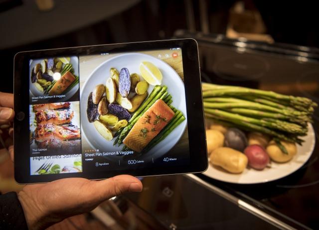 Adobe Photoshop On Apple iPad: Adobe Photoshop Is Coming To