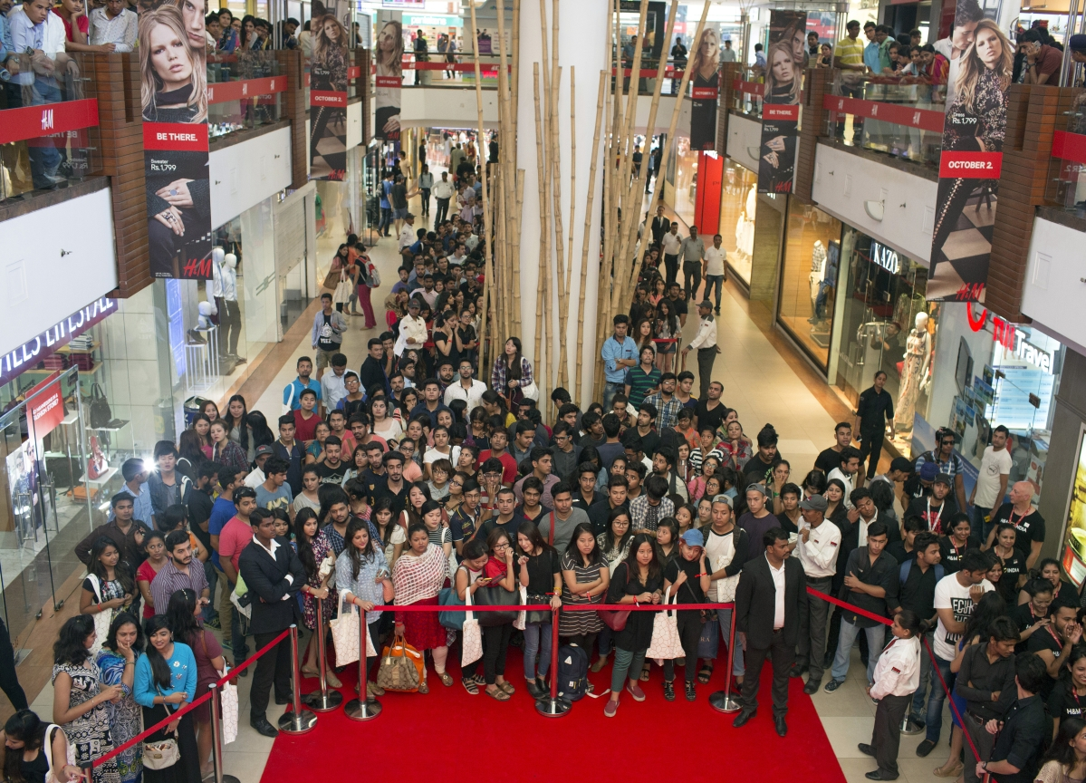 Indian Retailers Try To Create Black Friday Buzz This Year