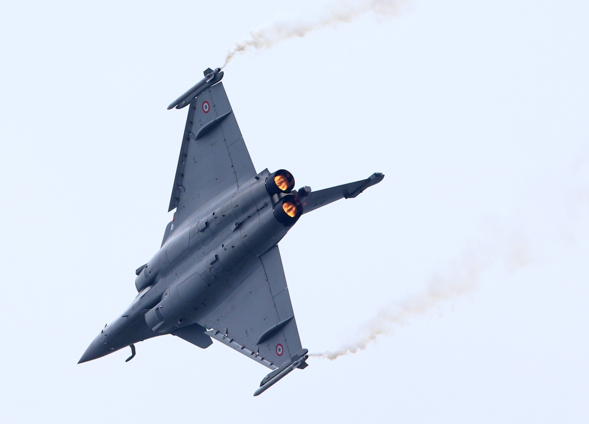Top Court Miffed Over 'Defective Review Petitions' In Rafale Case