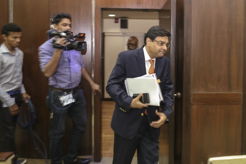 Urjit Patel, the then governor of the Reserve Bank of India  arrives at a news conference in Mumbai. (Photographer: Dhiraj Singh/Bloomberg)