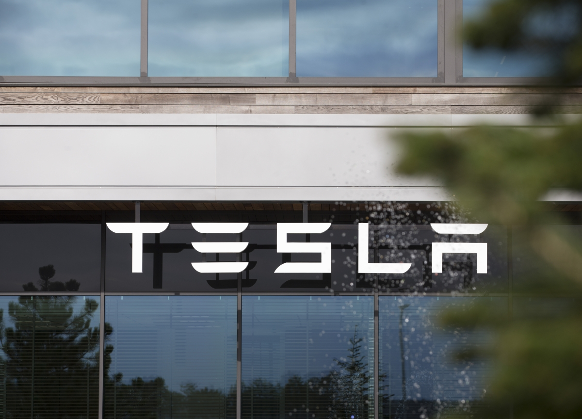 Tesla SnagsPermit to Start Mass Production in China