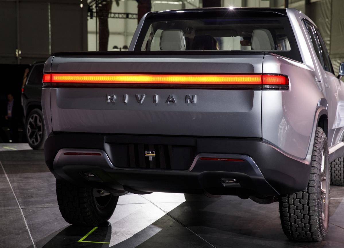 Amazon Leads $700 Million Bet on Electric Truck Maker Rivian