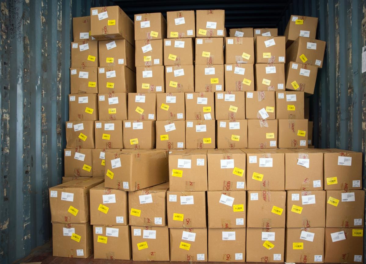Amazon, Walmart Struggle to Cope as India Enters Lockdown