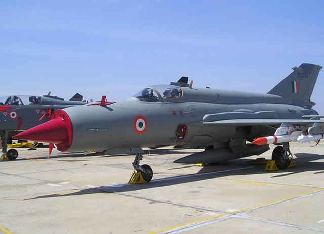 Pakistan Walks Back Claim Of Arresting 2 IAF Pilots, Now Says Only One