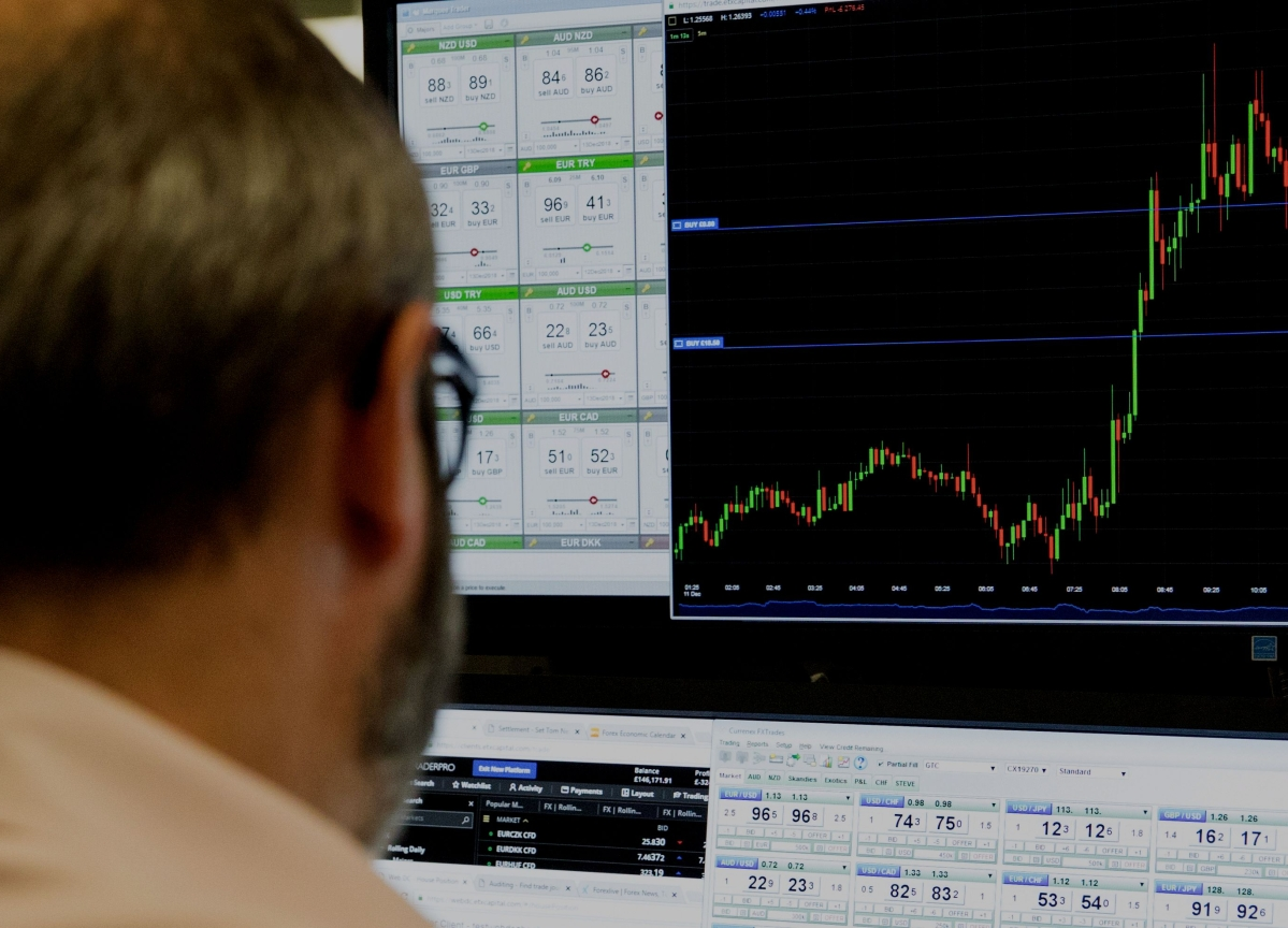 Sensex, Nifty End Lower On F&O Expiry Day