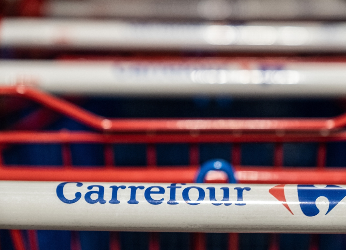 Carrefour to Shrink, Not Sell, Its Suburban Big-Box Stores