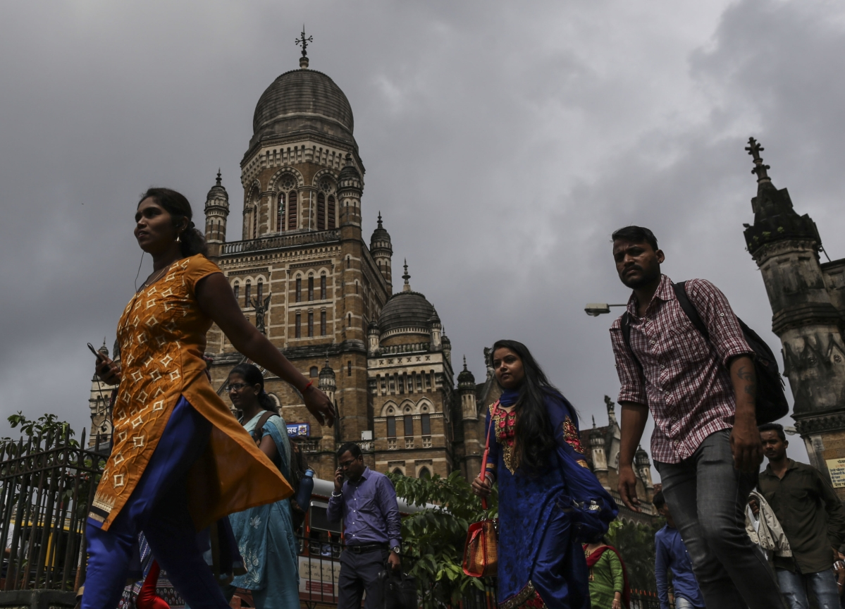 BQuick On March 5: Top 10 Stories In Under 10 Minutes