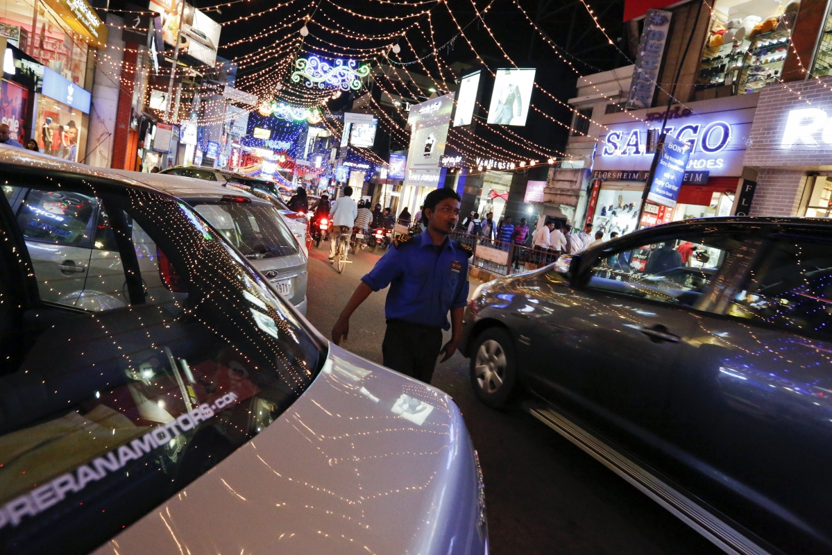 SIAM Urges Government To Reduce GST On Automobiles To 18%