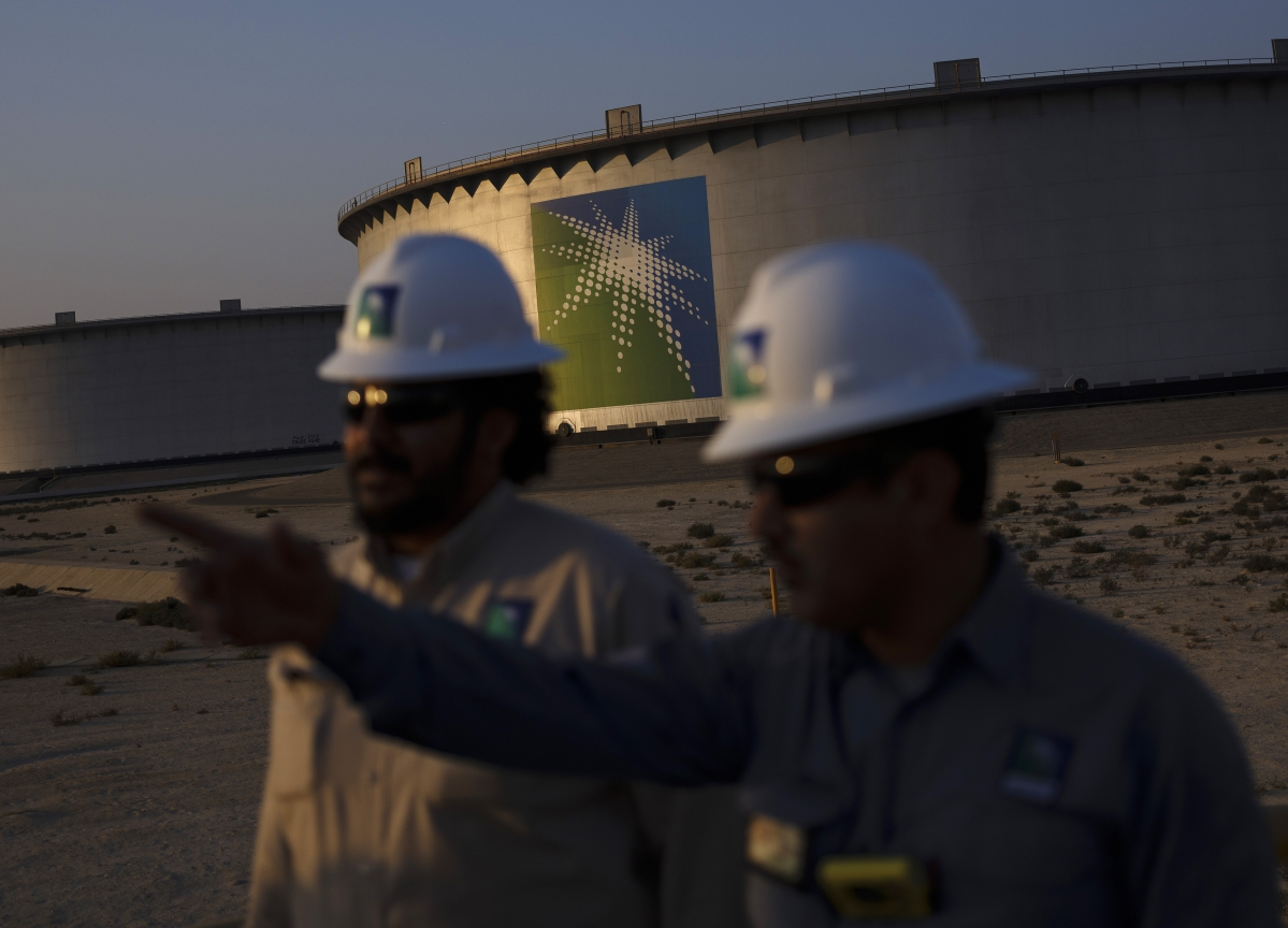 Aramco Debt Demand Reaches $30 Billion in Deal Pitched by JPMorgan CEO